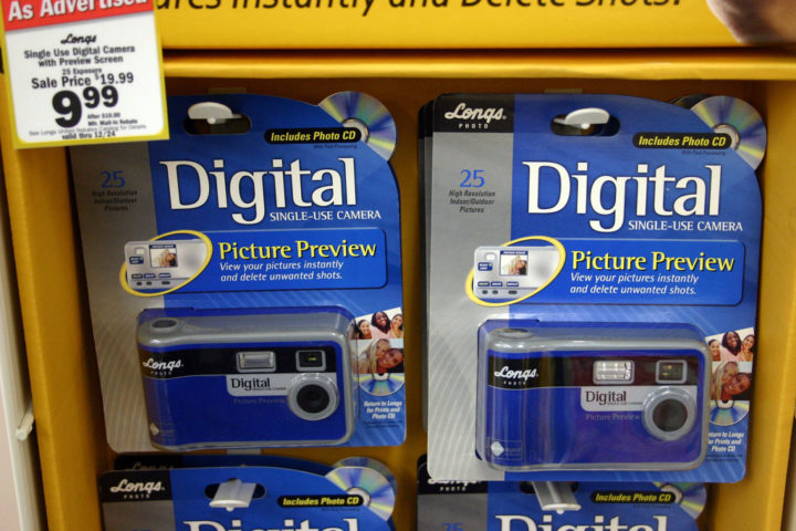 disposable digital camera facts  see the history  pros