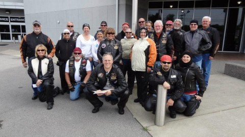 harley-motorcycle-group-photo