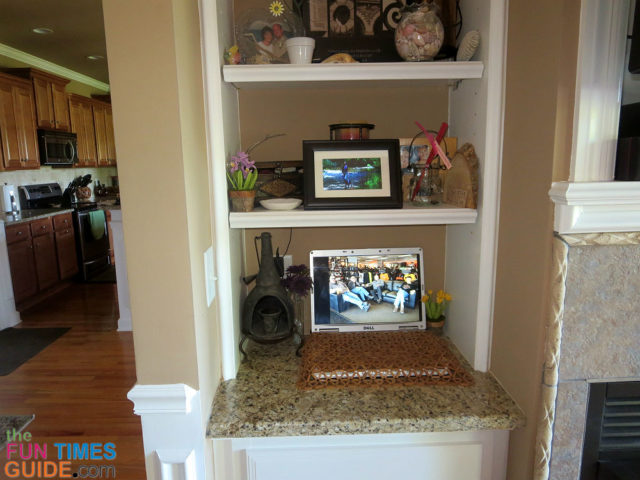 DIY Digital Photo Frames: How To Turn An Old Laptop Into A Large ...