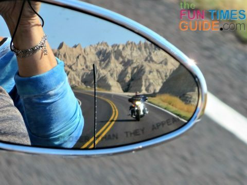 motorcycling-photograph-mirror-reflection